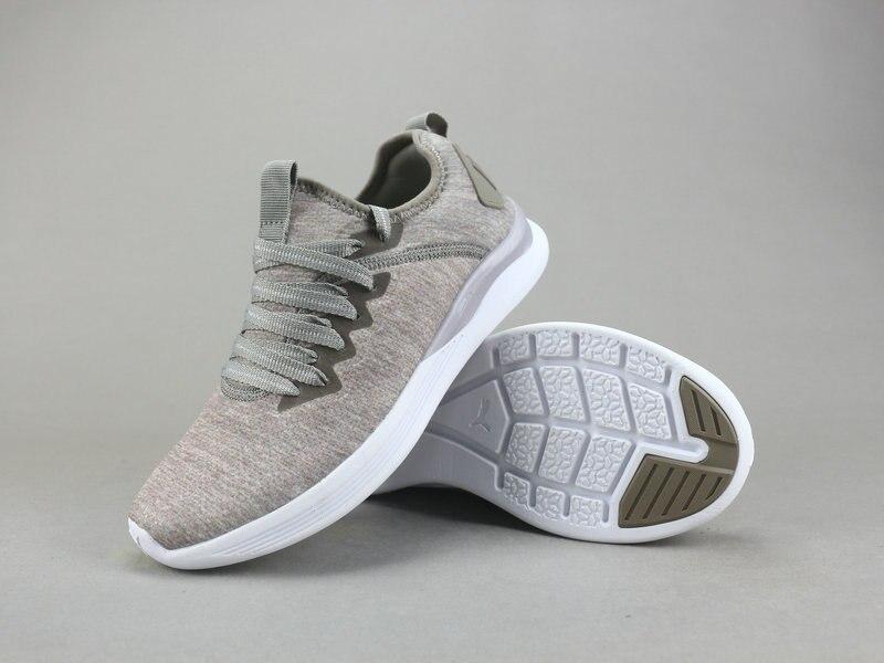 Original PUMA New Arrival prevail sports men's shoes Sneaker