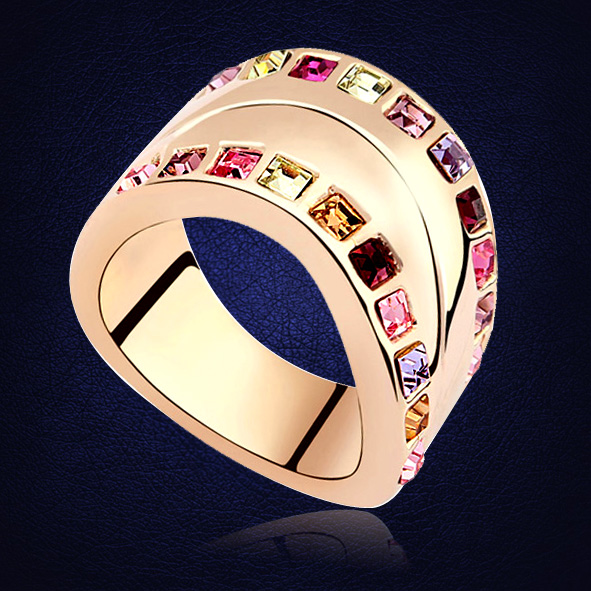 Classic Finger Ring For Lady Paved Crystals From Swarovski Luxury Hot Women Wedding Engagement Ring High Quality Jewelry