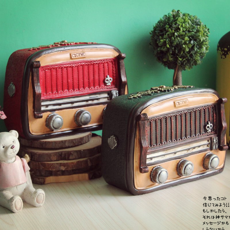 European style old radio resin crafts shop living room for Classic house radio