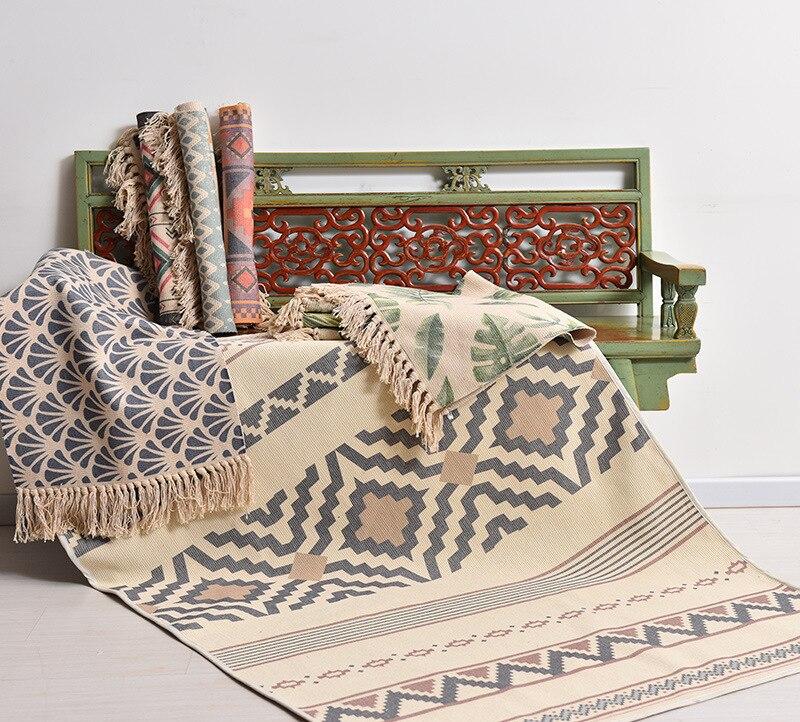 Retro Bohemian Hand Woven Cotton Linen Carpet Tassel