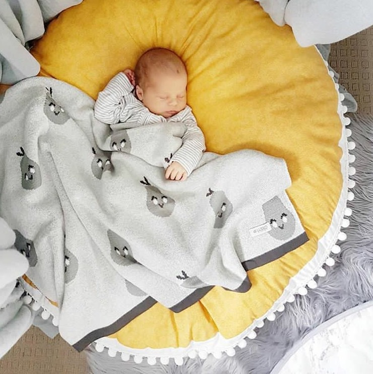 Kids Play Mat Cotton Round Thick Carpet Rugs Mat For Gym Cotton Thick Winter Floor Carpet For Kids Room Decor Babyshower Gift