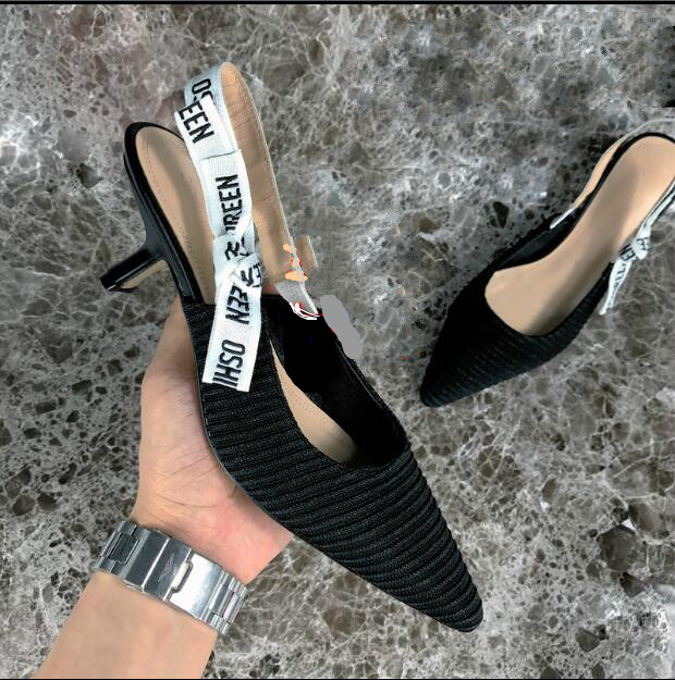 Cat and shoes female 2019 fine with girls small with pointed cats with sandals bow net red high heels new single shoesCat and shoes female 2019 fine with girls small with pointed cats with sandals bow net red high heels new single shoes