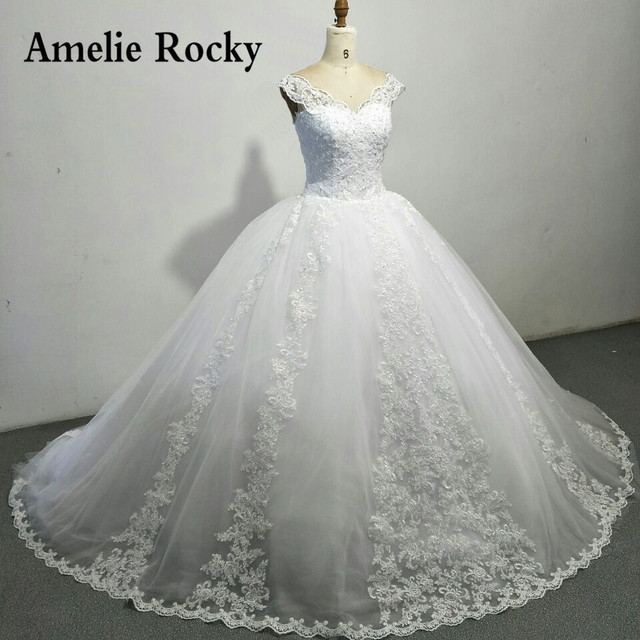 Luxury Ball Gown Wedding Dresses With Cap Sleeves Lace Up Back Big ...