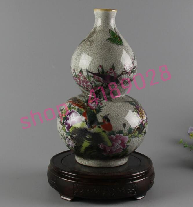 The Qing Dynasty Qianlong Year System Pastel Flower And