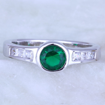 Love Monologue Endearing Round Green imitation Emerald White Cubic Zirconia Silver Color Rings J0405 Size 6/7/8/9 Fast Shipping image