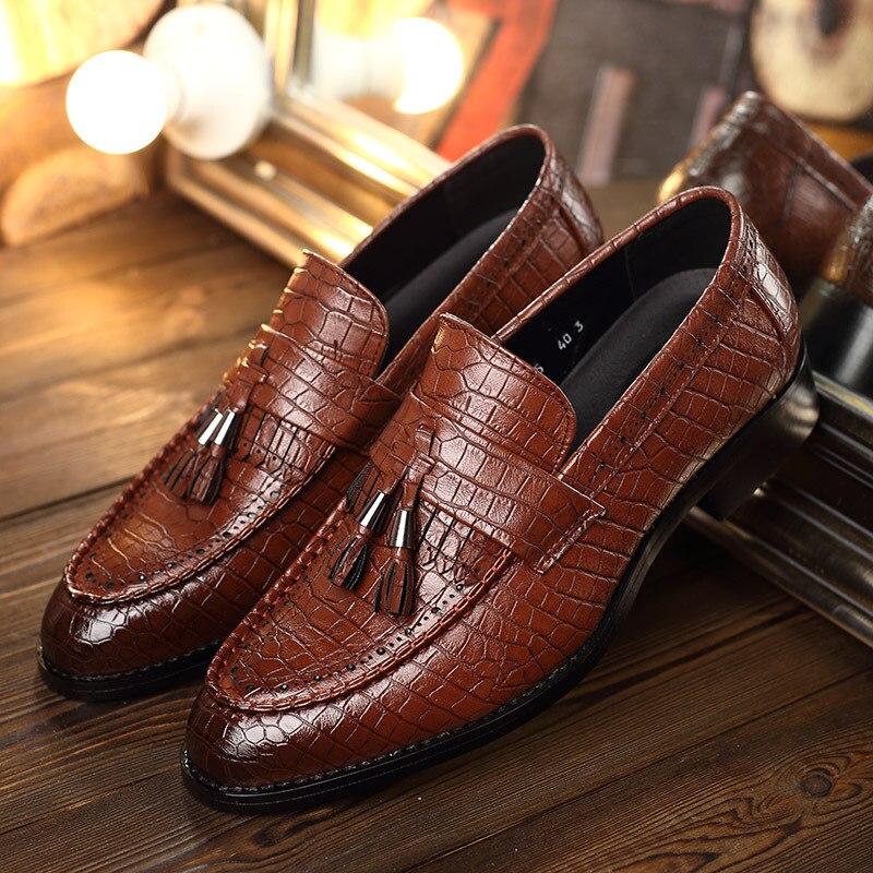 Para marrom Mocassins Dos Deslizar Marca Se vermelho Preto Vestem Borla Sobre Apartamentos Crocodilo Sapatos De Oxford Homens Couro a6wq76d