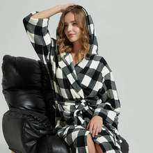 Women Bathrobe Winter Thick Warm Coral Fleece Kimono Bathrobe Gown Robe Dress Lovers Nightwear Pijama Sleepwear Black and White