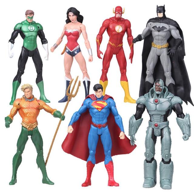 DC Comics Superheroes Brinquedos 7 pçs/set Superman Batman Mulher Maravilha O Flash Lanterna Verde Aquaman Cyborg PVC Figuras brinquedos para menino
