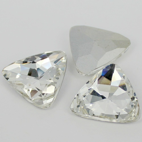 Crystal Clear Triángulo de Color Cristalino de la Forma Fancy Stone Point Volver Cristal de Piedra Para La Joyería de DIY Accessory.12mm 18mm 23mm