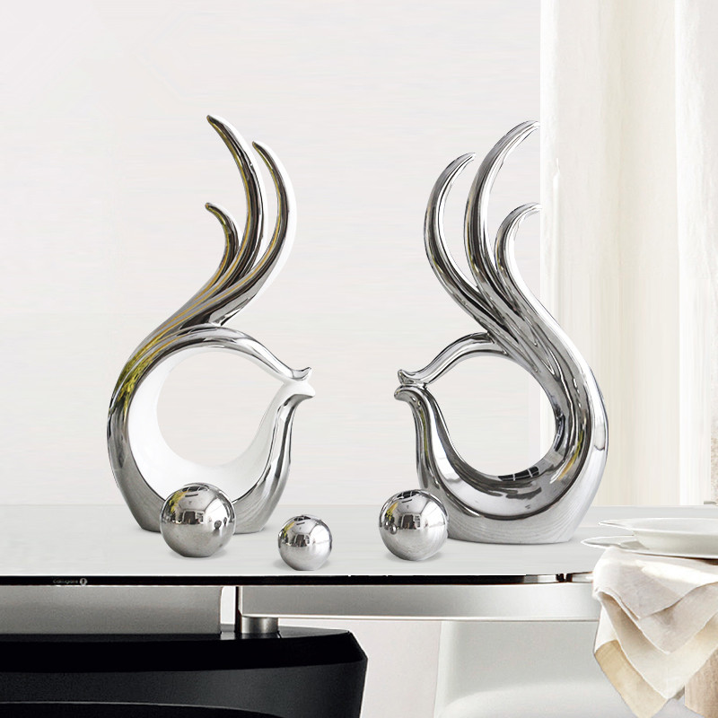 Hold hands Ornaments Creative Living Room TV Wine Cabinet Modern Ceramic Home Decorations Ceramic Craft Valentine