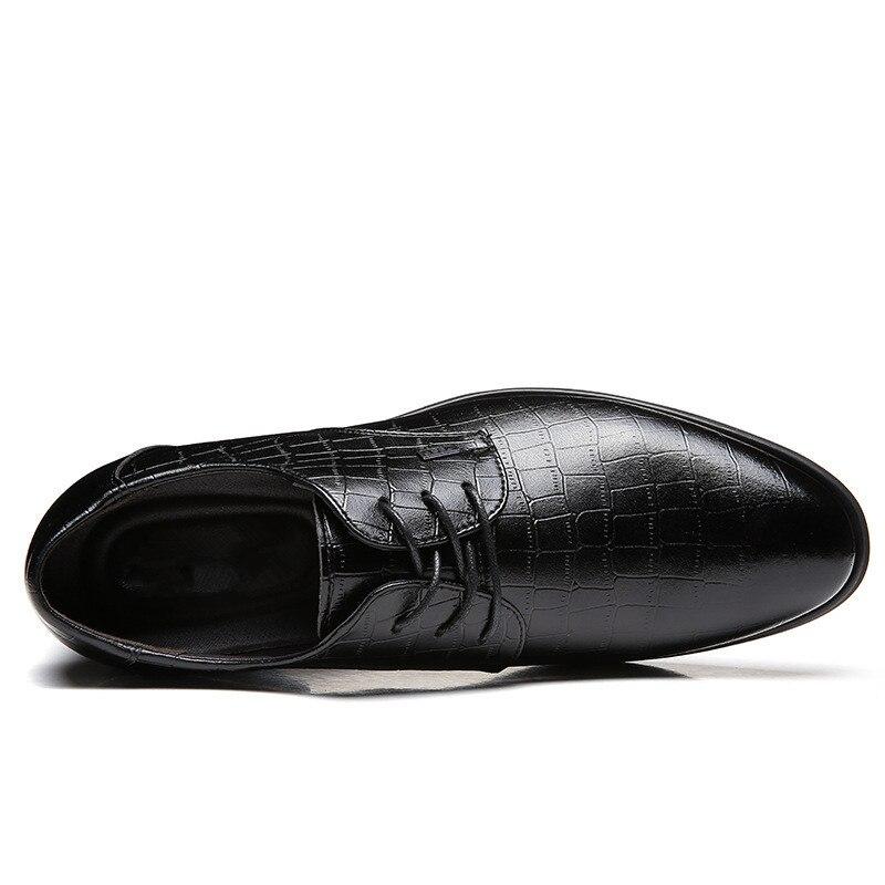 De Chaussures 2018 Nouveau Classique Noir Cuir Appartements Bureau Respirant Confortable Richelieus Hommes Mariage La D'affaires marron Des Mode En Automne qadzRxq