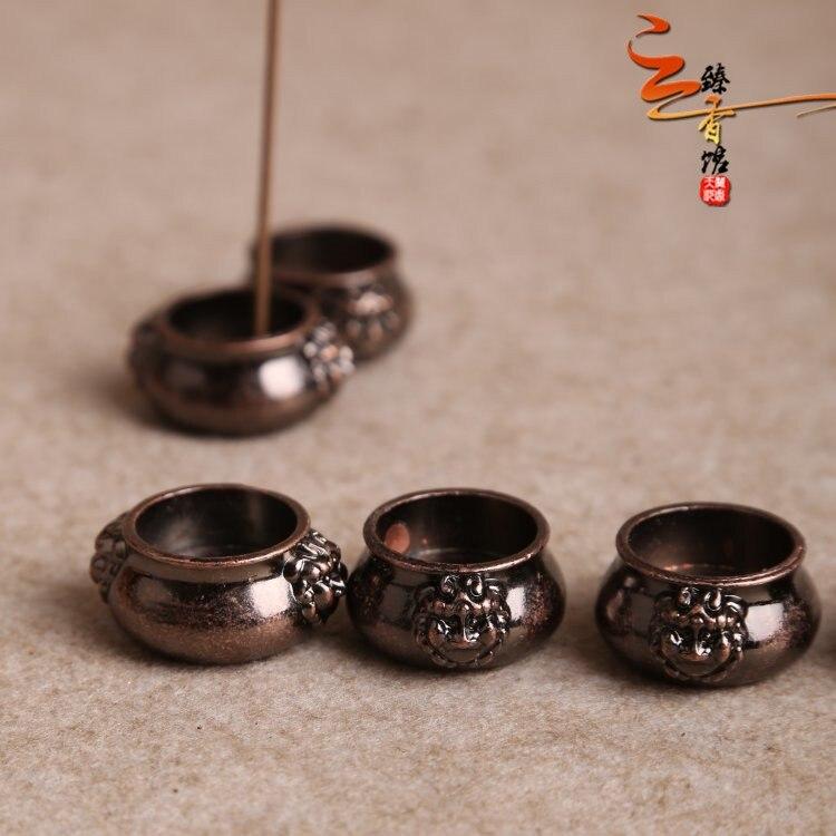 Copper incense  copper lion fingers ear inserted pocket tower burner