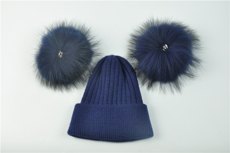 Bonnet double pompons