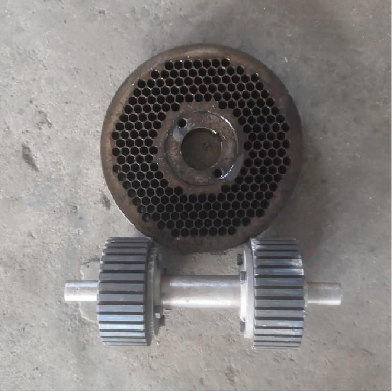 4 Mm Diameter Die And Roller Of KL150 Pellet Mill Machine On Sale