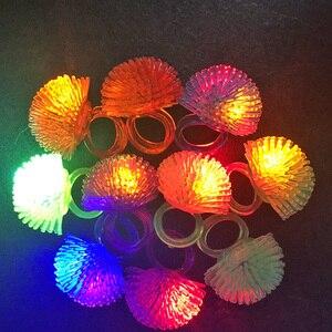 Image 2 - 30 teile/los Led Spielzeug Für Party Luminous Glow Ring Geschenk Weihnachten Spielzeug Erdbeere Weiche Licht Up Spielzeug Für Kinder Glow in Der Dunkelheit
