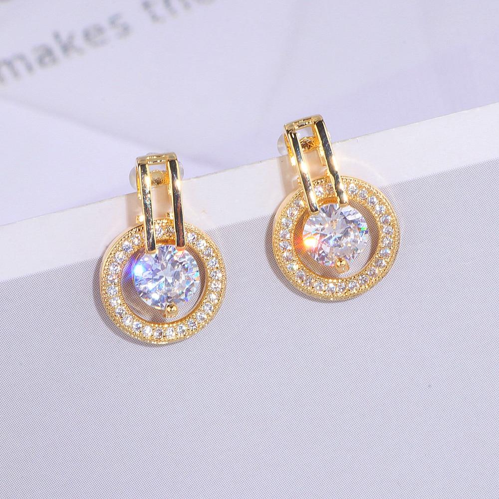 Womens Stud Earrings Romantic Jewelry Stud Earrings for Wedding Elegant Silver Color AAA Cubic Zirconia Stone Earring