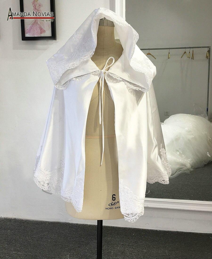 Amanda Novias Short Wedding Capes Real Photos Wedding Accessories Wedding Wraps Wedding Jackets