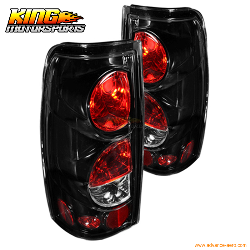 For 99-06 Chevrolet Silverado 99-03 GMC Sierra Altezza Tail Lights Glossy BLK Clear USA Domestic Free Shipping for 04 10 nissan titan armada fog lights clear light lamps passenger driver usa domestic free shipping hot selling