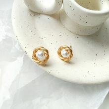 Sweet New Jewelry Golden Texture With Pearl Stud Earring For Woman Gift