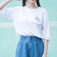 Kore Moda 2017 Yaz Yeni Kadın Beyaz T Gömlek Ruffles Mektuplar Nakış Cep Bayanlar Tee Gömlek Tops Kısa Kollu Gevşek
