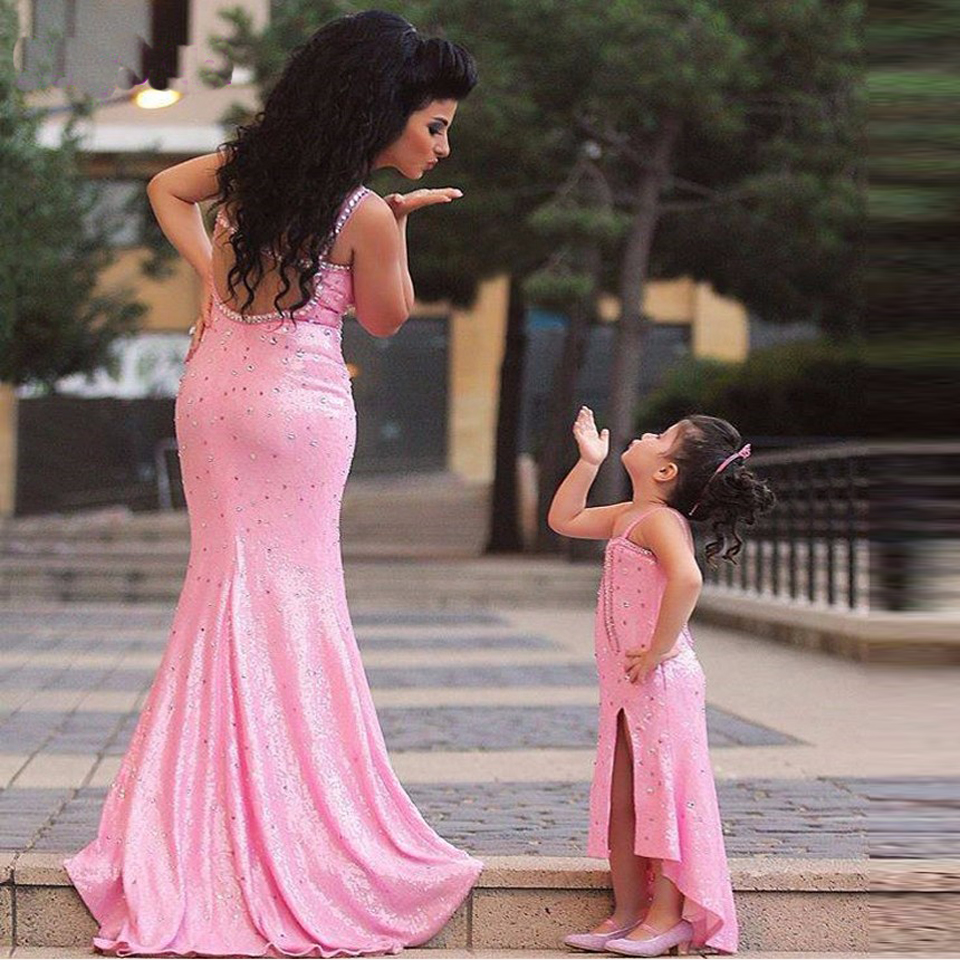 madre e hija para boda