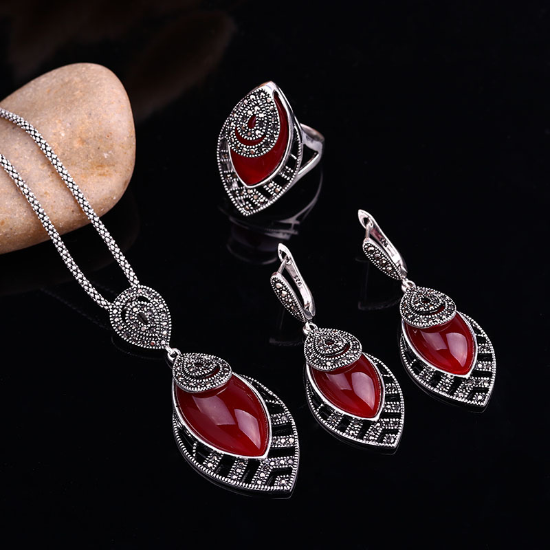 HTB1.reXbvLsK1Rjy0Fbq6xSEXXa9 - Sellsets Unique Silver Color Antique Jewellery Set New Fashion Leaf Shape Vintage Jewelry Sets Women Accessories