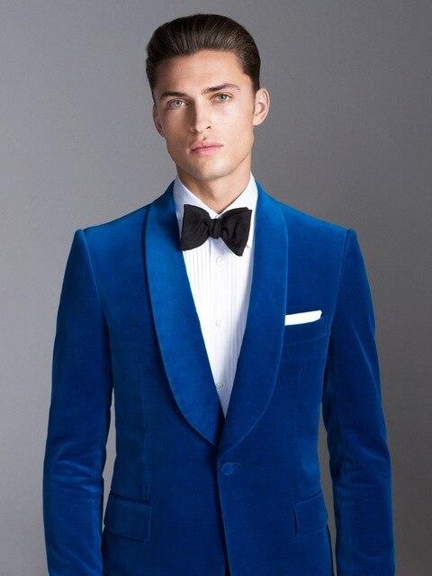 b1c8827b70829 2017 nueva llegada azul terciopelo trajes de boda para hombres Formal 2  unidades smoking del novio Vestidos hombres jóvenes Casual (chaqueta +  Pantalones + ...