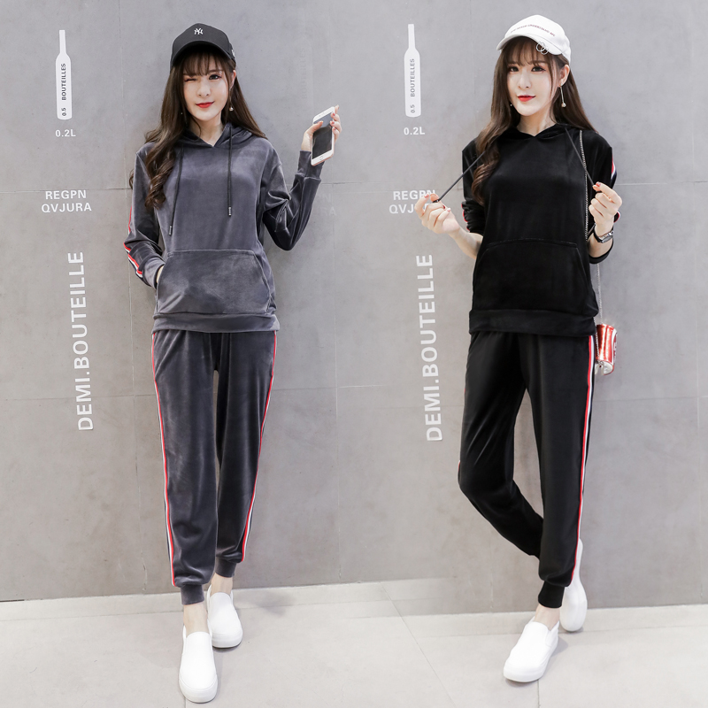 New maternity qiu dong outfit suits fashion style han edition leisure sports tide mama two golden velvet suit in the spring of the new han edition cuhk boy sports leisure fleece two piece outfit