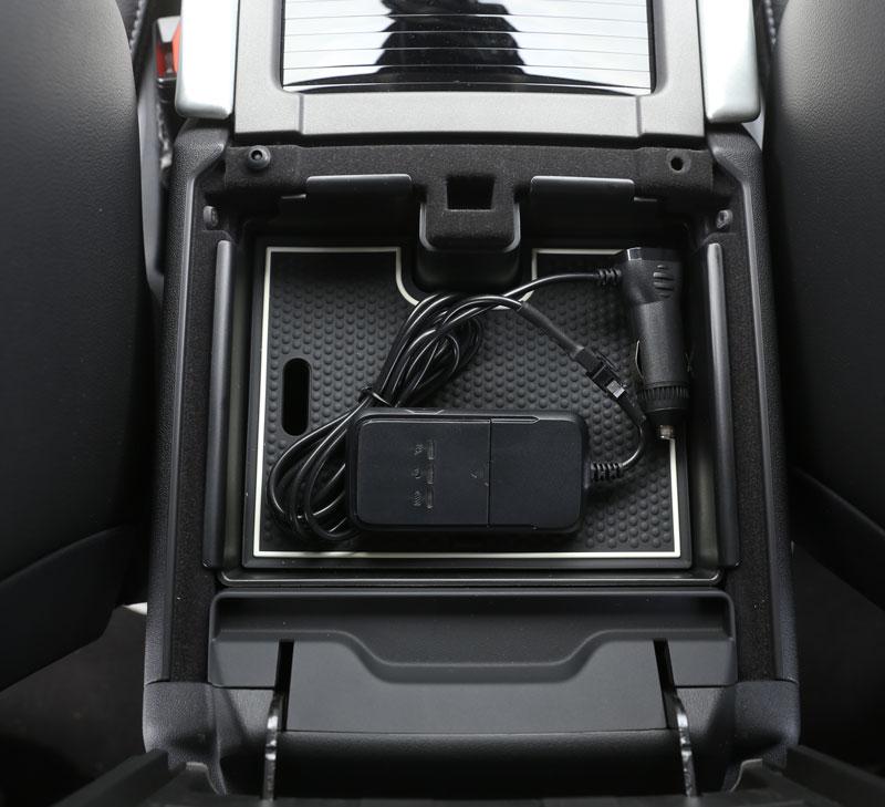 Armrest Storage Box Car Organizer Holder Tray For Land Rover Range Rover Evoque 12-17 Car Accessories