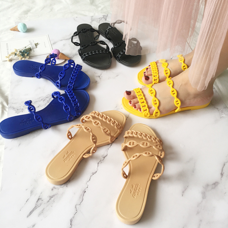 2019 New  Flat Outdoor Slippers Sandals Roman Flat Women Flip Flops Casual Flat Slippers