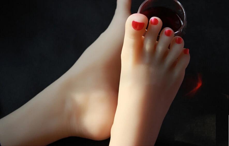 Painted toenail sex porn pics & move