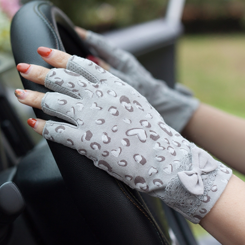 Half Finger Thin Lace Cotton Sunscreen Gloves Female Student Summer Fingerless Driving Non Slip Outdoor WAJJ01 in Women 39 s Gloves from Apparel Accessories