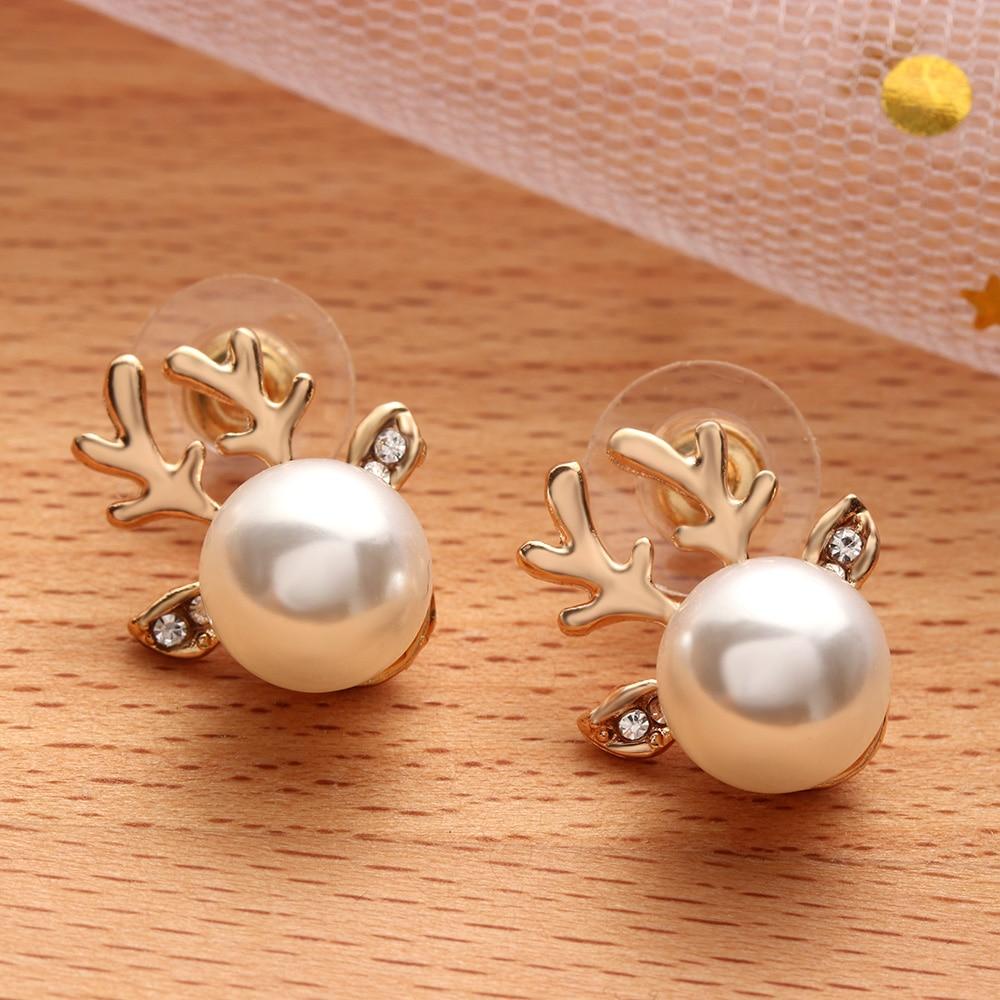 Hot Fashion Women Simulated Pearl Ear Stud Earring Lovely Deer Elk Earring Shellhard Xmas Jewelry New Year Gift Femme Bijoux Stud Earrings