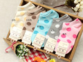 Menina meias chinelos 2014 nova versão Coreana do grande ponto bonito mulheres meias de algodão meias boca rasa casuais coringa