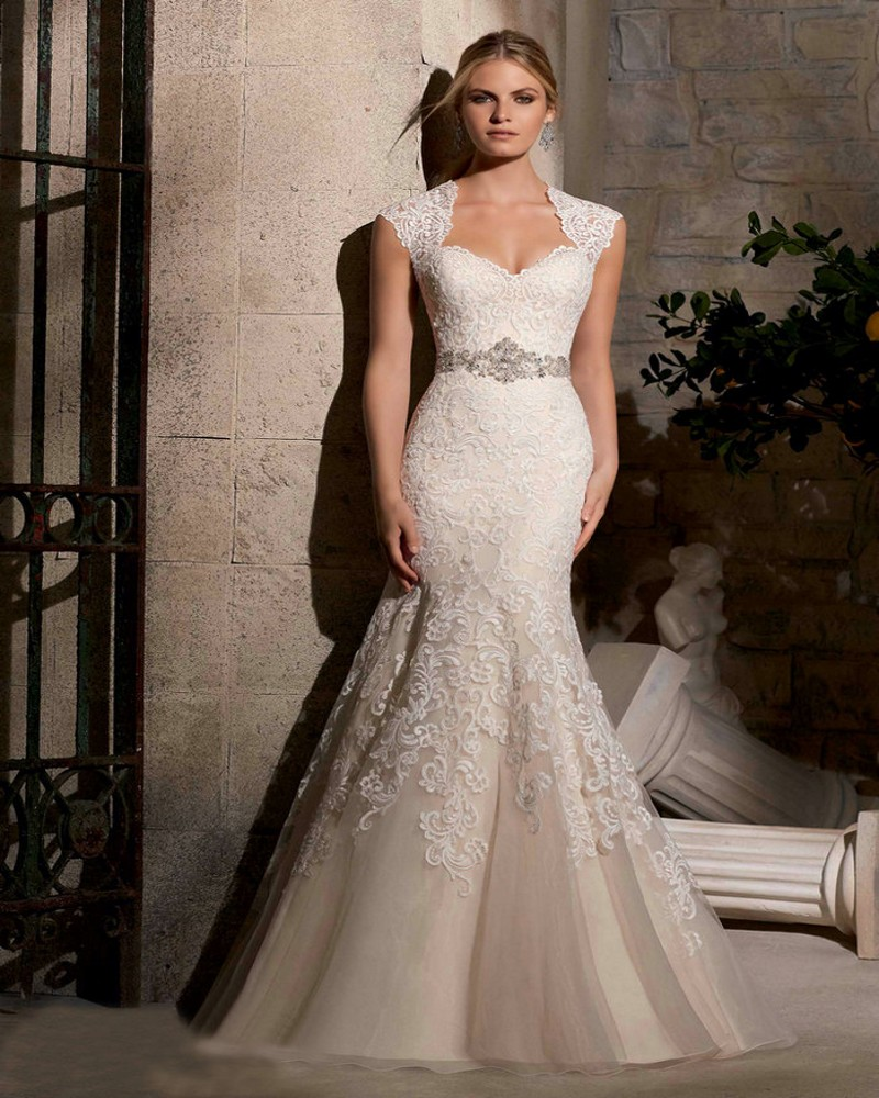 Wedding Dress For Women With Curves: 2016 Mermaid Wedding Dress Beaded Applique Illusion Back