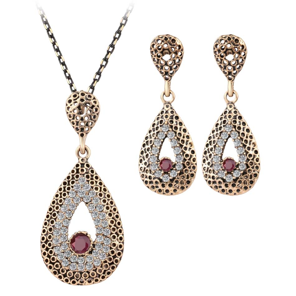 Fashion fine vintage jewelry crystal water drop necklace for Vintage costume jewelry websites