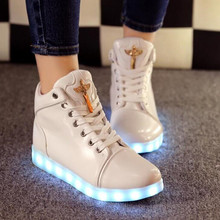 High Top LED Flash Luminous Light Up Shoes women tenis led lace up Leisure Casual Shoes Adults Woman Shoes Hot Fashion color