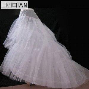 Image 2 - Vestido de casamento barato da corte de jupon tribunal trem crinoline deslizamento underskirt para a linha de vestido de casamento 3 camadas acessórios de casamento