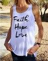 Modelos Explosão europa Hot New Verão 2016 Cartas de Impressão Branco das Mulheres do Amor da Esperança da Fé U-pescoço Tanque Solto encabeça Mulheres