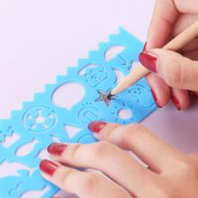 1Pcs/4Pcs Multi-functional Hollowed-out Drawing Ruler Sculpture Tool Painting Stationery with Various Patterns
