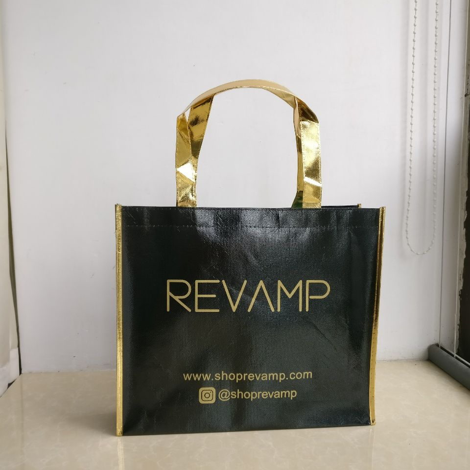 New Arrival 1000pcs lot 30Hx35x8cm Custom size with logo printed Black Metallic Non Woven Shopping Bag