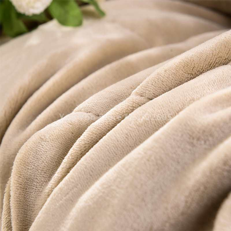 King Size Fleece Blanket On The Bed Sofa Thick Winter
