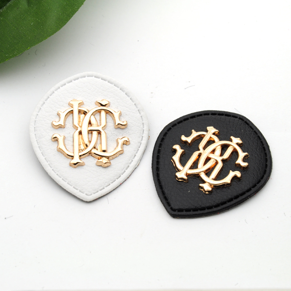 Dedicated 20pcs/lot Black/white Pu Leather Sew On Badges Fashion Labels With Metal Logo Clothing Label For Jeans/jacket Plb-001 To Adopt Advanced Technology Arts,crafts & Sewing