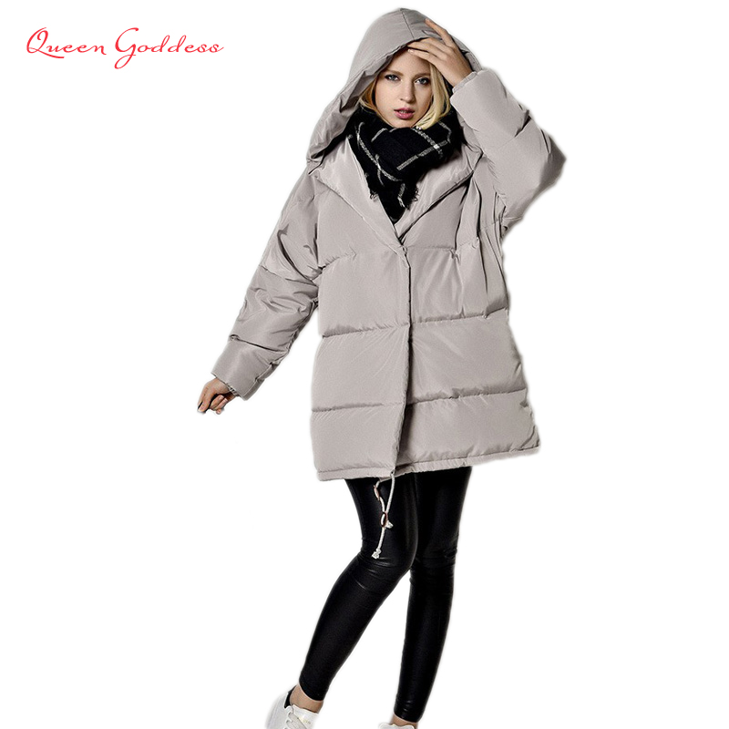 2017 Europe and the United States winter new style white duck down parkas thick in the long hooded quilt down jacket women europe and the united states long sleeve hooded keep out the cold winter to keep warm and comfortable cotton coat