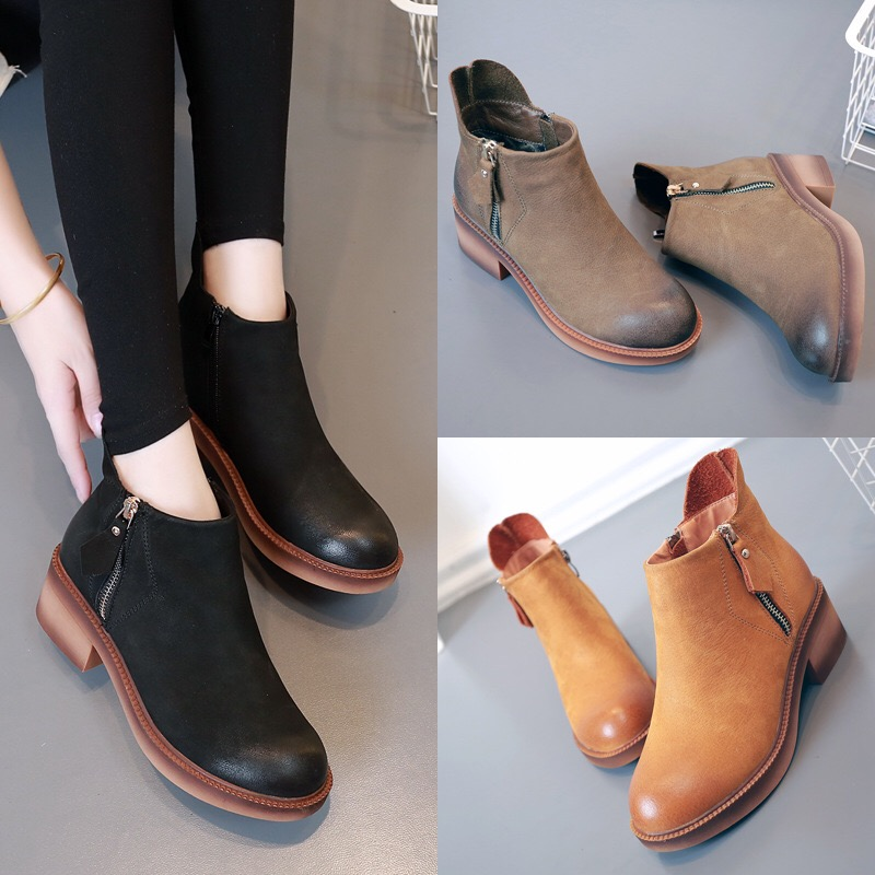 2017 autumn and winter new leather female boots round head with bare boots side zipper waterproof table Martin boots