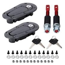 Sepasang Mobil Hood Lock Serat Karbon Cover Lock Dimodifikasi Tangki Bahan  Bakar Gas Cap Umum Mobil Balap Cover Styling Eksterio. 5bcfb76c1d