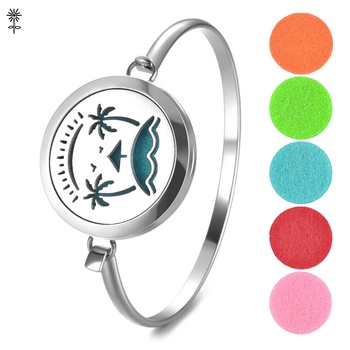 Aroma Diffuser Locket Bangle Hollow Sea Island Pattern 316L Stainless Steel 30mm Magnetic with 5 Color Oil Pads VA-562 image