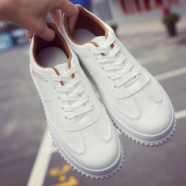 Moda 2017 Enredaderas de Las Mujeres Zapatos Casuales Atan Para Arriba Mujeres Traniers Zapatos Casual de Las Señoras Zapatos de Los Planos Mocasines Blancos tamaño 35-40