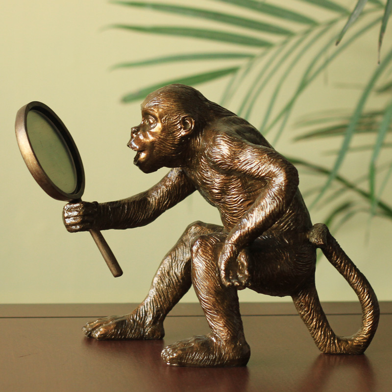 European Home Furnishing decorations study the living room decoration decoration personalized creative gift monkey mirror