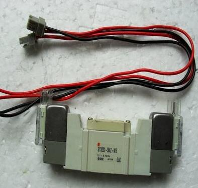 New Japanese original authentic SY3220-5MZ-M5 new japanese original authentic pressure switch ise3 01 21